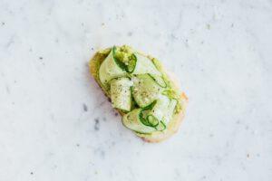 avocado op brood